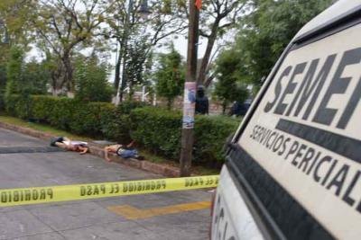 Identifican a dos de los 5 cuerpos decapitados